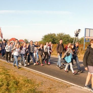 Fara Ciechanów - Pielgrzymka Młodzieży do Rostkowa, 17 września 2016 r.