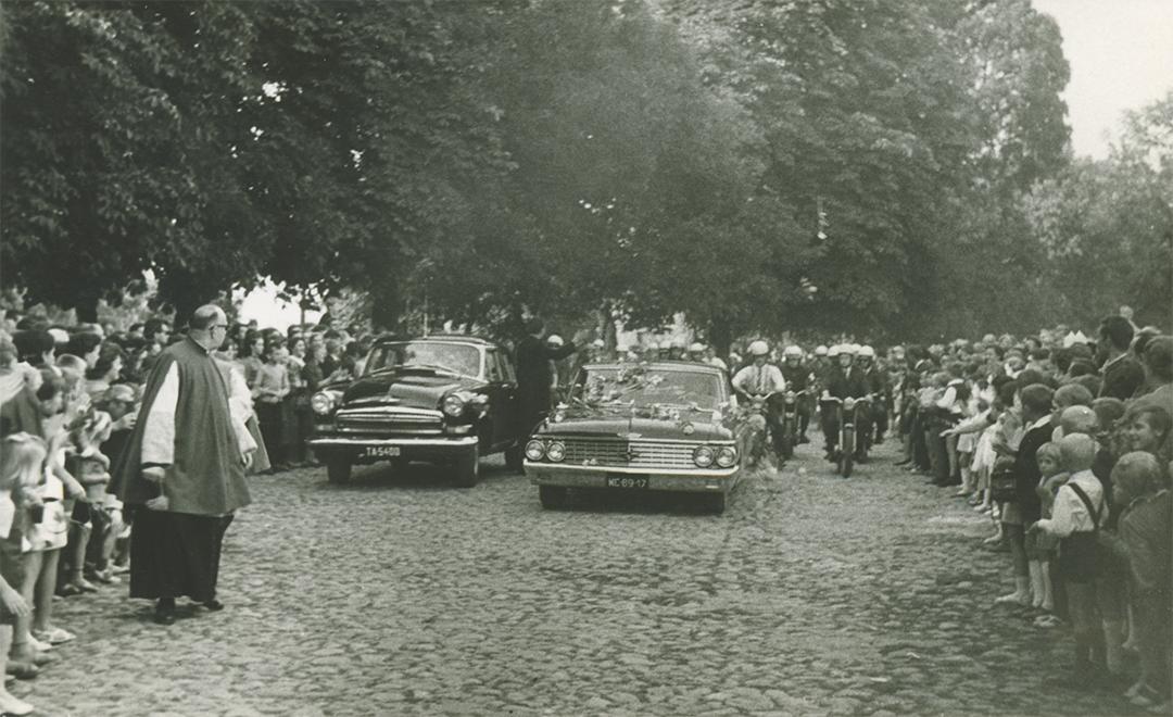 Fara Ciechanów, Prymas Polski w parafii farnej w Ciechanowie, 19 sierpnia 1967 r. Przyjazd.